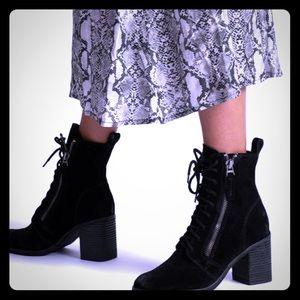 Dolce Vita Lela Ankle heel boot black suede 6.5
